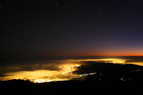 noční fotografie krajiny